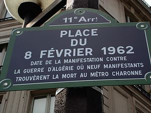 Place du 8 Février 1962 - Street sign unveiled at the dedication of the square