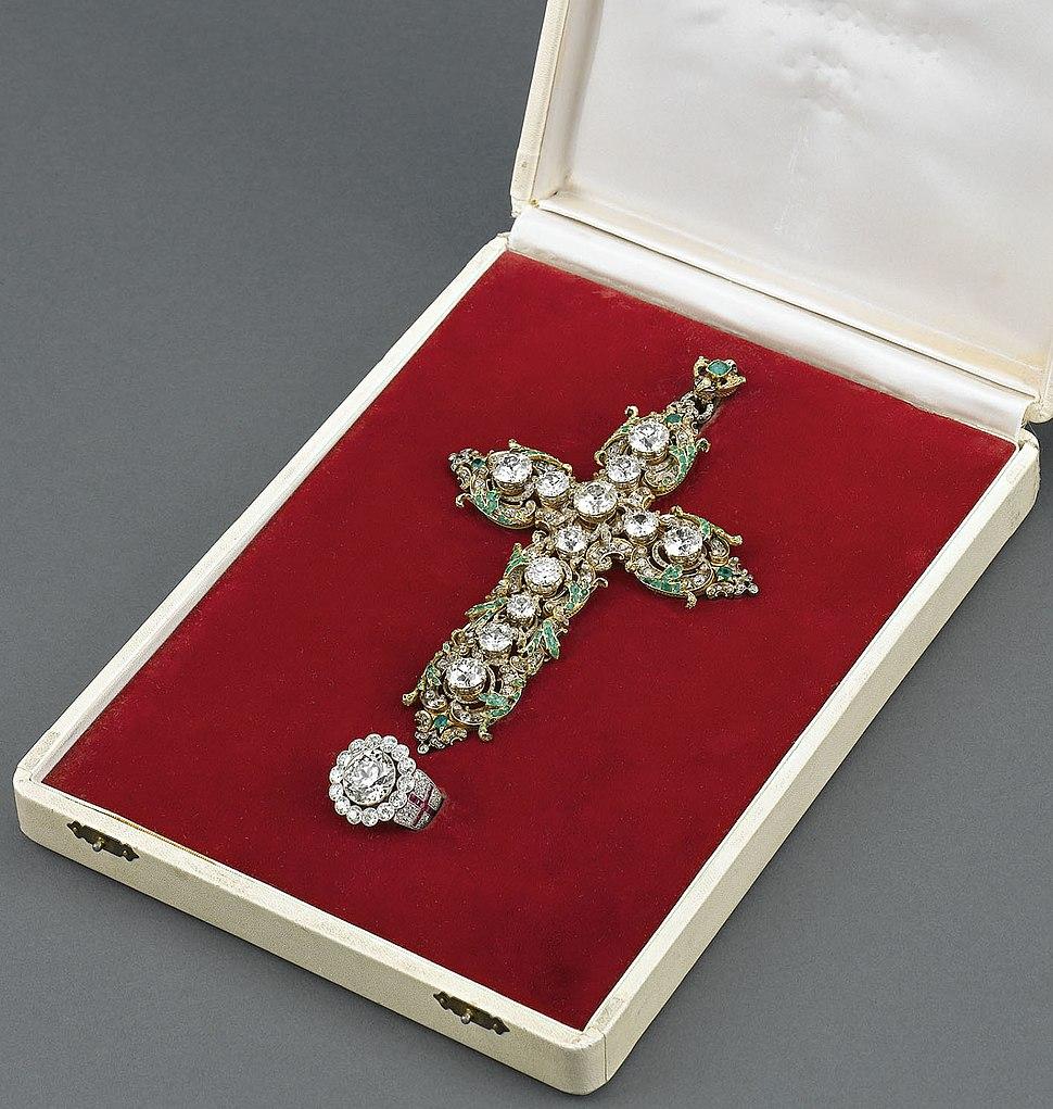 Pope Paul VI's Diamond Ring and Cross