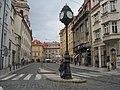 Praha, Karmelitská, hodiny - panoramio.jpg