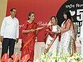 Pratibha Devisingh Patil presenting the Rajat Kamal Award to Ms. Nilanjana Sarkar for the Best Female Playback Singer (Film Houseful), at the 57th National Film Awards function, in New Delhi on October 22, 2010.jpg