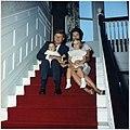 President Kennedy and family. President Kennedy, Mrs. Kennedy, John F. Kennedy, Jr., Caroline Kennedy. Newport, RI... - NARA - 194202.jpg