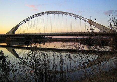 Puente Lusitania de Mérida sunset.jpg