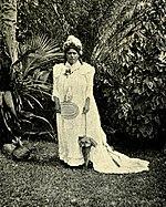 Queen of Niue, around 1902.jpg