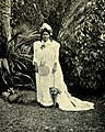Queen of Niue, around 1902.jpg
