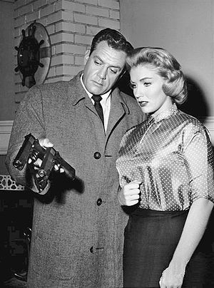 Joan O'Brien - With Raymond Burr in Perry Mason, 1960