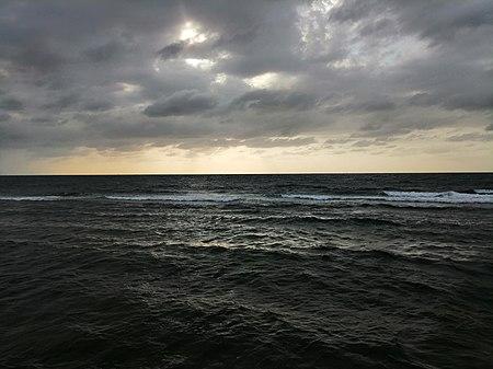Laut_Merah