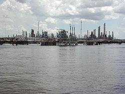 Raffinerie près de la Nouvelle-Orléans, sur le Mississippi