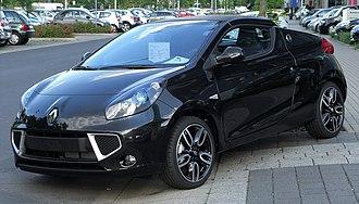 Renault Wind - Image: Renault Wind Dynamique T Ce 100 front 20100904