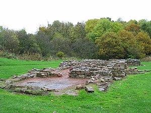 Bothwellhaugh Roman Fort - Roman bath house near the fort