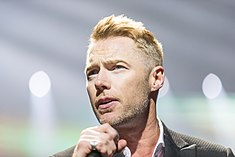 Ronan Keating - 2016330211648 2016-11-25 Night of the Proms - Sven - 1D X II - 0596 - AK8I4932 mod.jpg