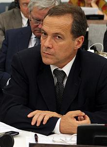 Ruben Giustiniani (5856871551) (altranĉite).jpg