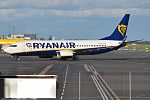 Ryanair, EI-FOE, Boeing 737-8AS (28418218201).jpg