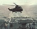SH-3G lands on USS Mississippi (CGN-40) in 1978.jpg