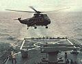 SH-3G lands on USS Mississippi (CGN-40) in 1978.jpg