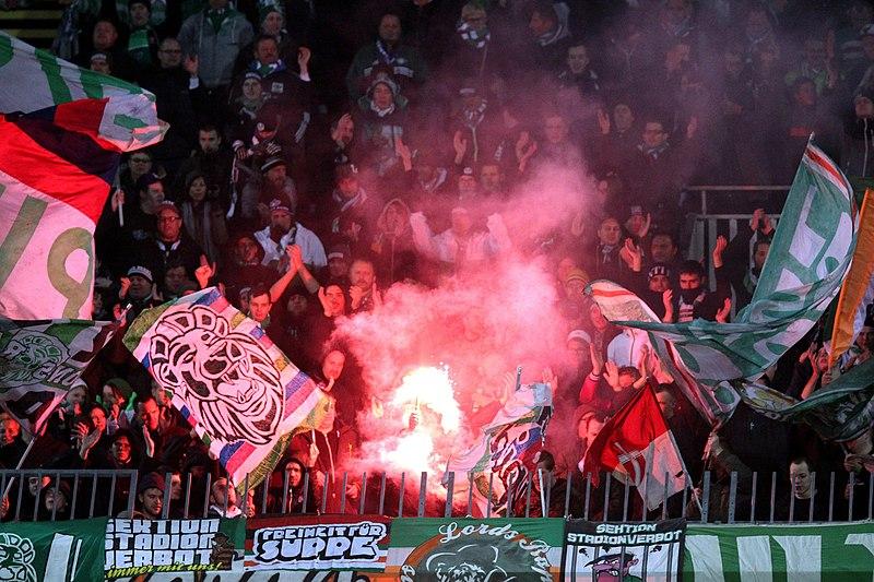 File:SV Mattersburg vs. SK Rapid Wien 2015-11-21 (113).jpg