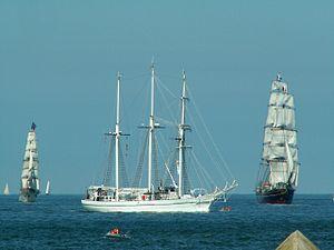 Sail 2005 p1.JPG