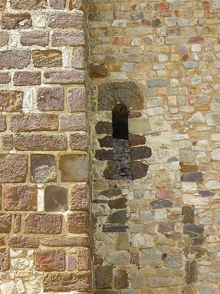 Donjon du château de Sainte-Suzanne (53).