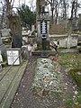 Sawan-Nowakowscy rodzinny grób.jpg