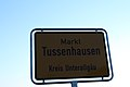 Schild Tussenhausen 24102014.JPG