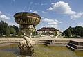 Schloss Oranienbaum,Delfinenbrunnen.jpg