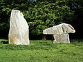 Sculptures by Paul Norris at Heaven's Gate - geograph.org.uk - 445127.jpg