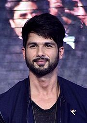 A picture of Shahid Kapoor as he looks towards at the camera.