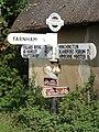 Signpost in Farnham - geograph.org.uk - 260635.jpg