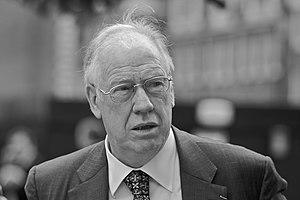 Stuart Bell - Image: Sir Stuart Bell MP black and white