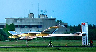 Solar Impulse - Solar Impulse 1 landing at Brussels Airport after its first international flight on 13 May 2011.