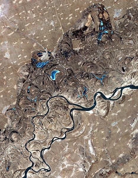 File:SonghuaRiver ASTER 20020401.jpg