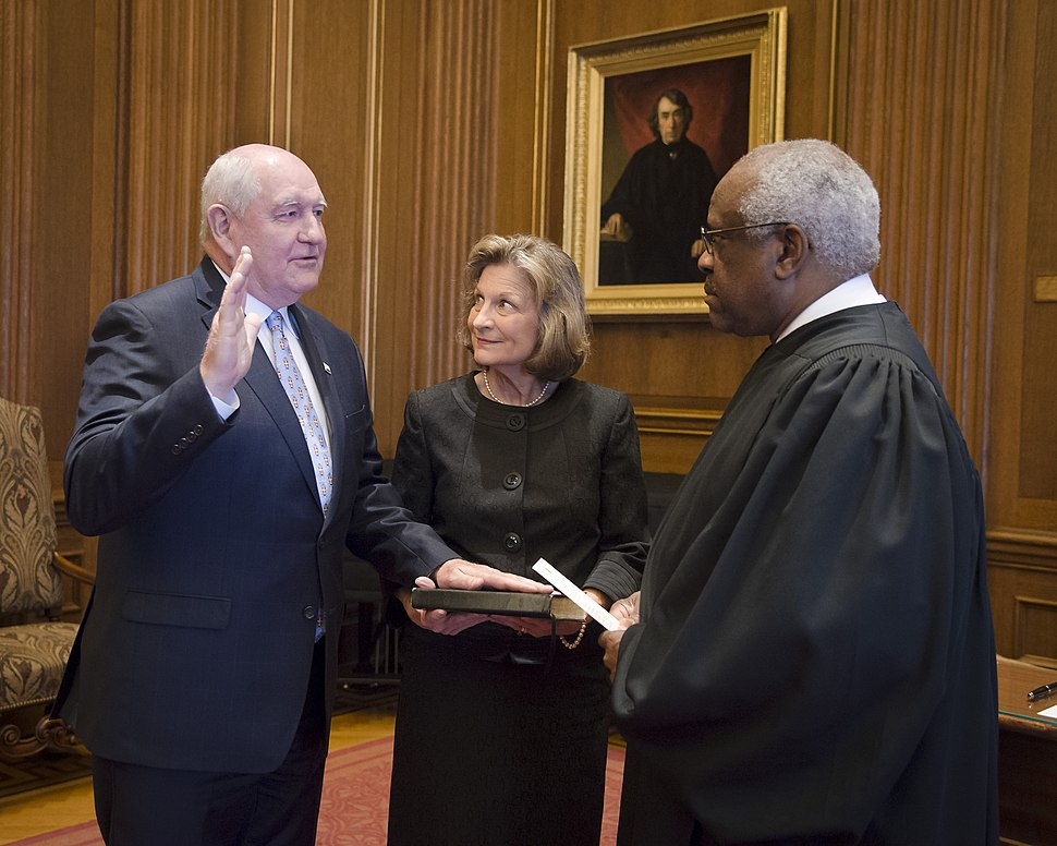 Sonny Perdue, Mary Perdue and Clarence Thomas 20170425-OSEC-PJK-0083 (34145045182)