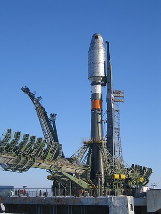 Soyuz (rocket family) - Soyuz 2 ready to launch (2007)