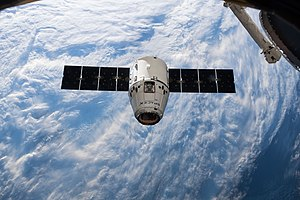 SpaceX CRS-14 Dragon approaches the ISS (4).jpg