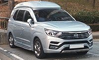SsangYong Turismo 2018 2nd facelift.jpg