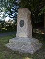 Stèle à Marie Ravenel, Fermanville, France.jpg