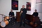 Stadtkulturpreis Hannover 2013 (081) Die Musiker Timo Warnecke (Schlagzeug), Lothar Krist (Saxophon), René Rooimans (Hammond-Orgel B3).JPG
