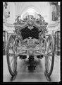 Statsvagn, ceremonivagn, kröningsvagn av karosstyp - Livrustkammaren - 51723.tif