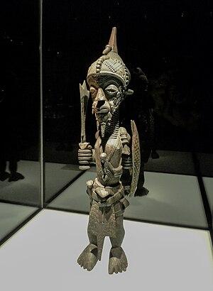 Lulua people - Image: Statue Luluwa Musée ethnologique de Berlin