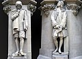 Statues of Isaac Newton and Gottfried Leibniz.jpg