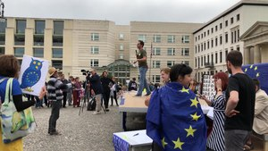 File:StopTheCoup Berlin.webm