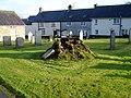 Stump of old yew tree - geograph.org.uk - 1041013.jpg