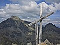 Summit cross on Piz Polaschin 2.jpg