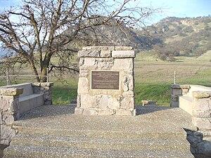 Sutter Buttes - Image: Sutter Buttes John Fremont Monument