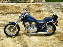 Suzuki-Intruder-VS1400-1.JPG