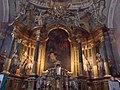 Szent Mihály római katolikus templom, Szent Domonkost főoltár, 2016 Budapest.jpg