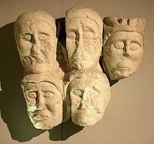 Entremont (oppidum) - Stone heads from Entremont