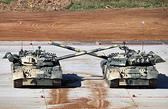 Tank biathlon - T-80U tanks waltzing at the show, 2013
