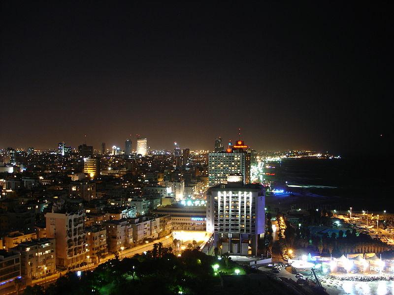 File:Tel Aviv night 2.jpg