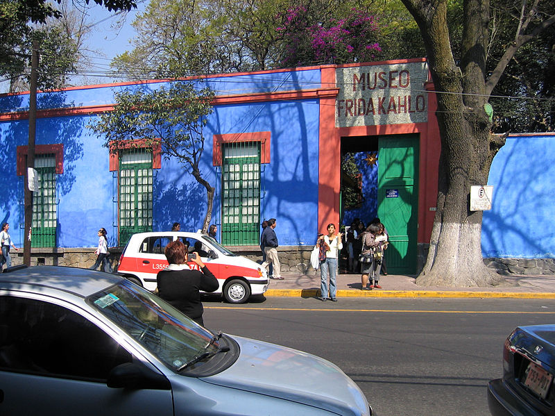 File:The Blue House 1.jpg