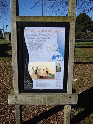 Rangatira - A sign explaining the tangata whenua history of The Bricks, Christchurch